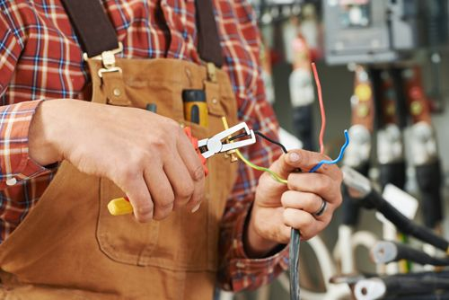 Cos'è la Manutenzione Elettrica
